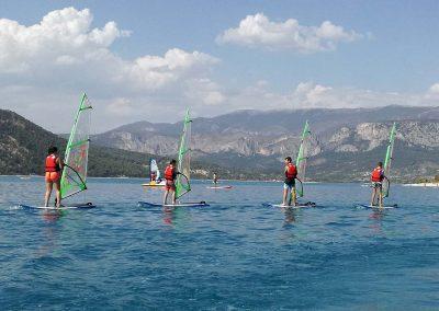 Activites nautique au Lac de Sainte Croix - Planche à voile