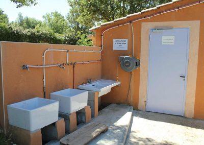 base-nautique-les-salles-sur-verdon-equipements-communs-et-sanitaires-2