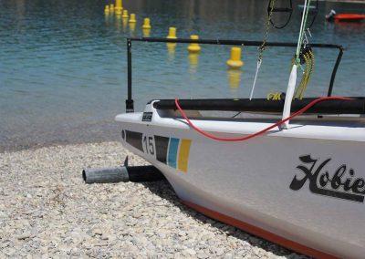 base-nautique-les-salles-sur-verdon-lac-de-sainte-croix-equipements-sportifs-catamaran-1