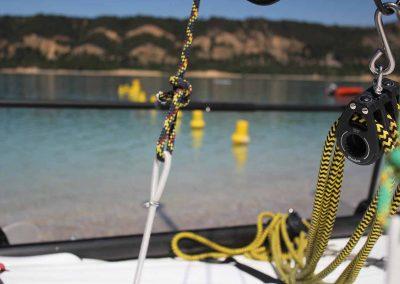 base-nautique-les-salles-sur-verdon-lac-de-sainte-croix-equipements-sportifs-catamaran-2